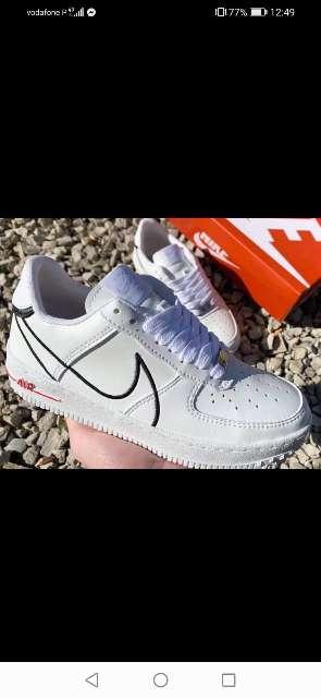 Imagen zapatillas deporte diferentes marcas nuevas
