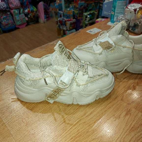 Imagen zapatillas chulisimas talla 38