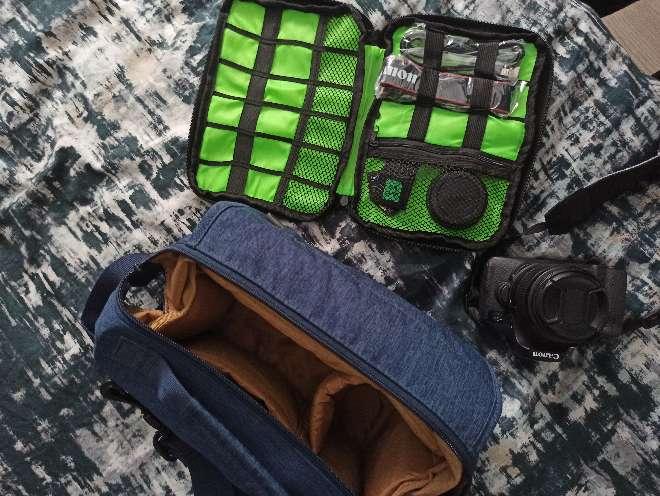 Imagen Canon EOS 750D + estuche y bolsa
