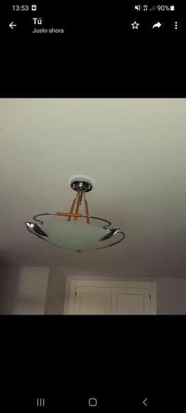 Imagen lámpara mesillas y techo