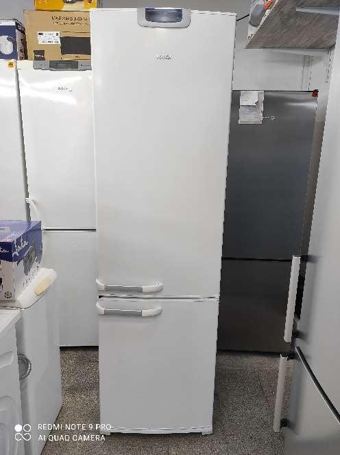 Imagen frigorífico combi Bosch no Frost 200cm