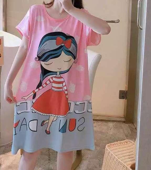 Imagen Camiseta Larga Muñeca - Pijama o Camisola para dormir, está sin estrenar