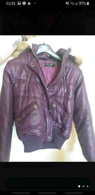 Imagen chaqueta morada mujer