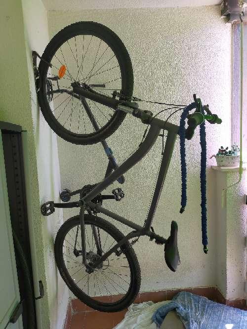Imagen bicicleta de montaña con cambios y supension