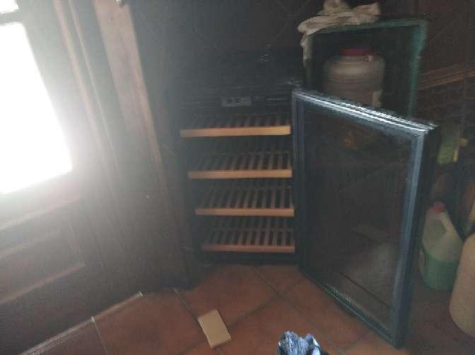 Imagen vendo botellero de vino en frío por jubilación