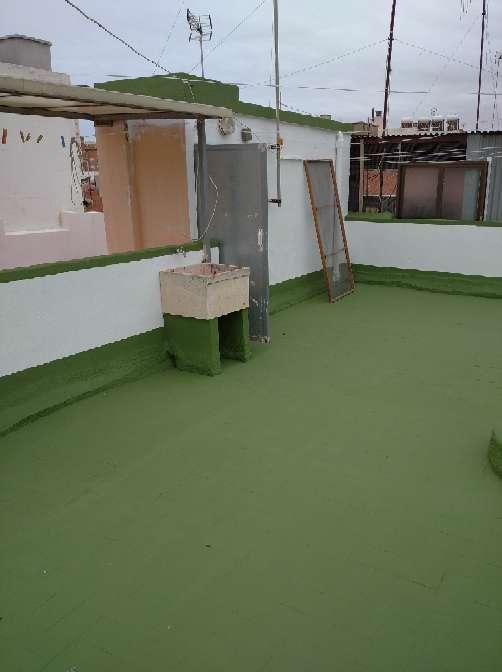 Imagen Pintor de cubiertas y terrazas