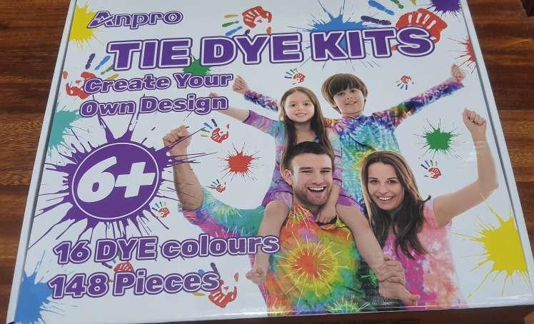 Imagen Kit para decorar ropsña
