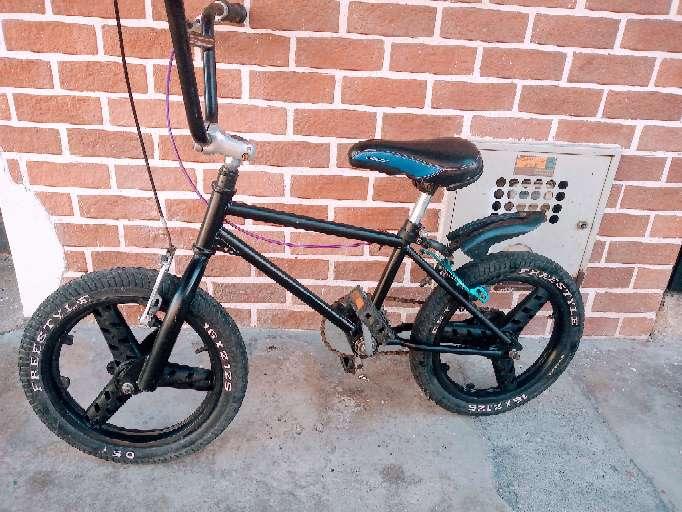 Imagen bicicleta niño rin 16. marco clásico americano