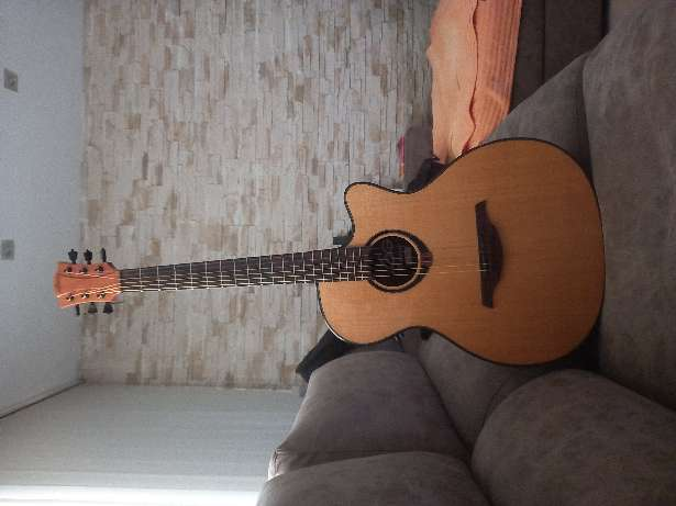 Imagen Guitarra acústica LAG TRAMONTANA
