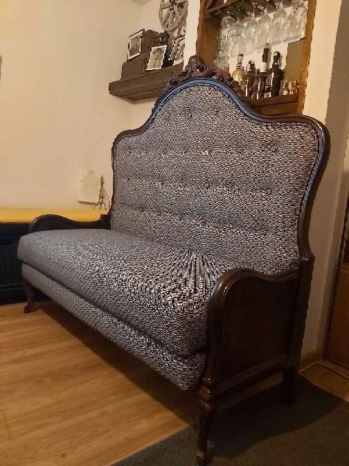 Imagen cabecero transformado en sofa