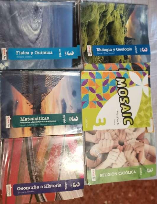 Imagen Vendo libros de texto de 3° de la eso en buen estado.