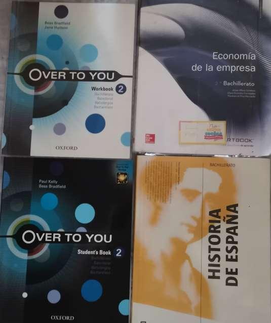 Imagen Vendo libros de 2° de bachillerato en buen estado.