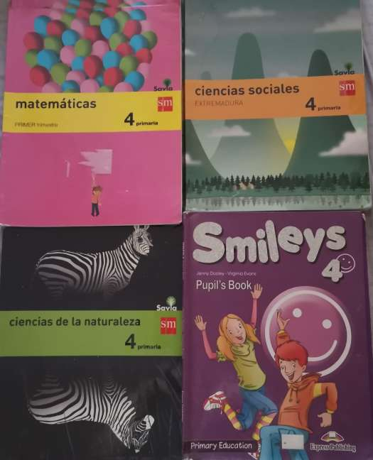 Imagen Vendo libros de texto de 4° de primaria en buen estado.