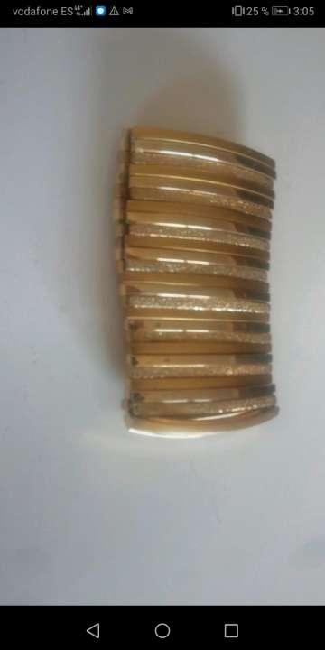 Imagen Lote de dos brazaletes dorados