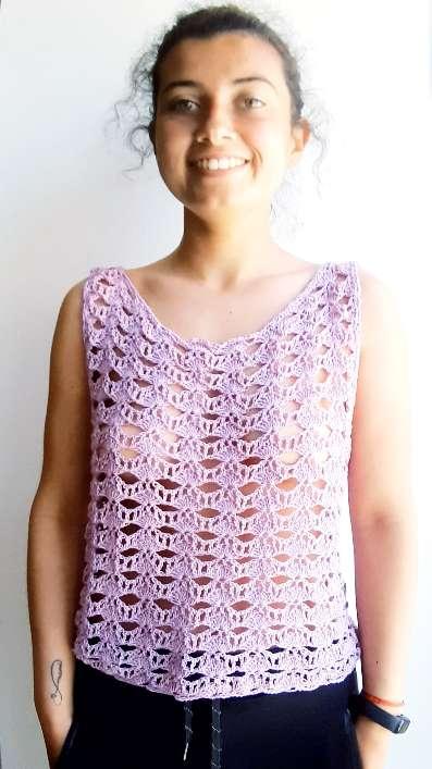 Imagen Camiseta lila de ganchillo