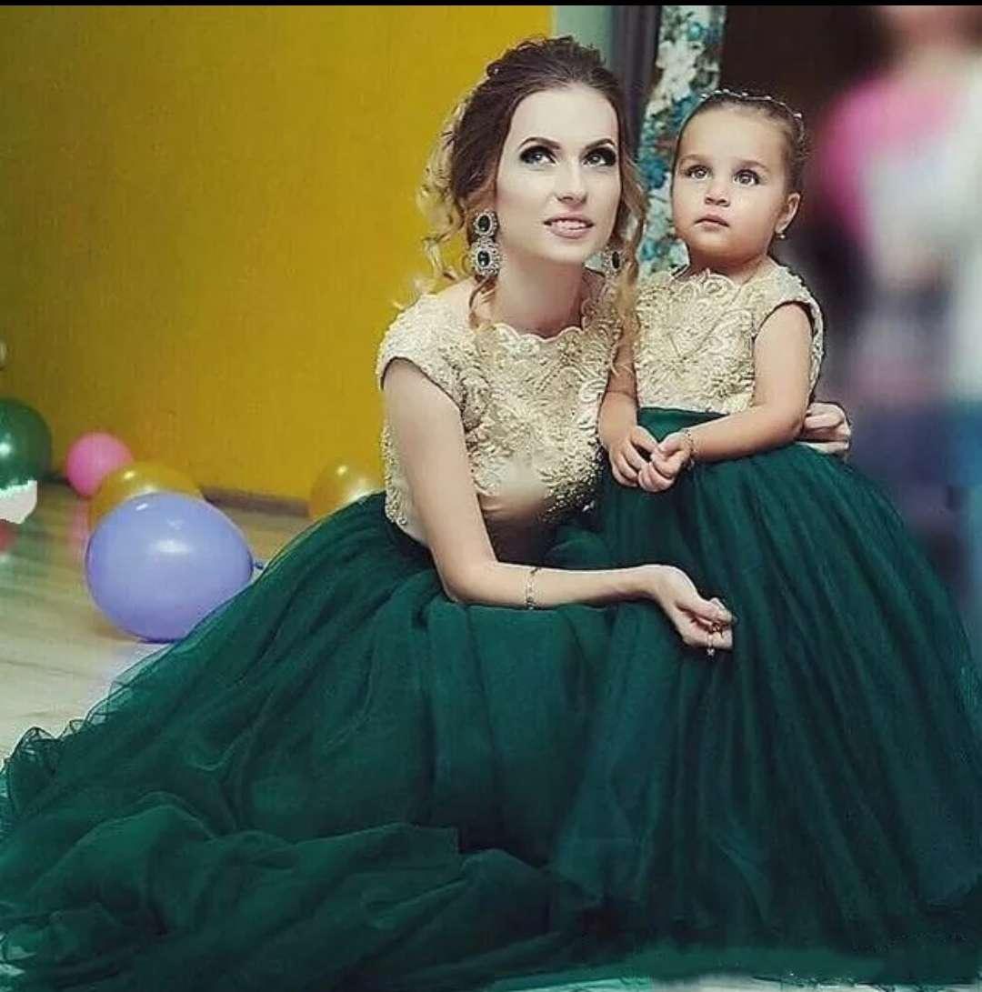 Imagen Vestidos iguales para Madre he hija moda 2021