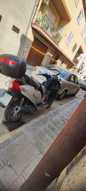 Imagen motocicletas 125