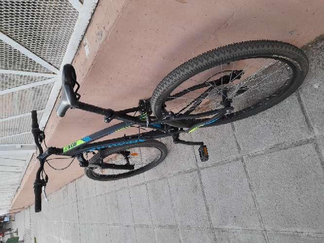 Imagen Bicicleta de montaña rockrider 340 negro 26