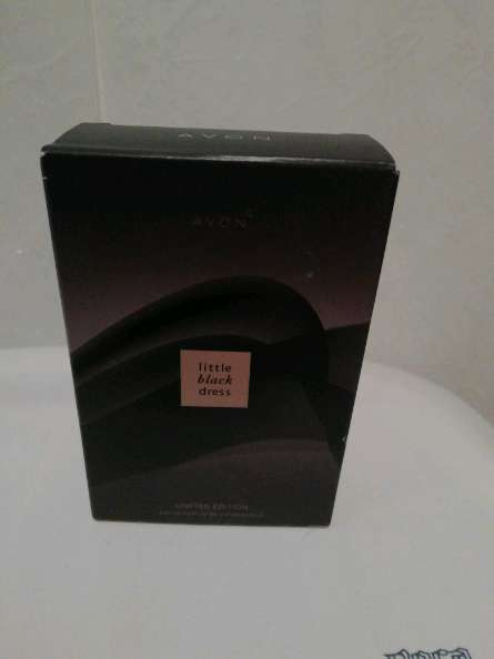 Imagen Perfume little Black dreess