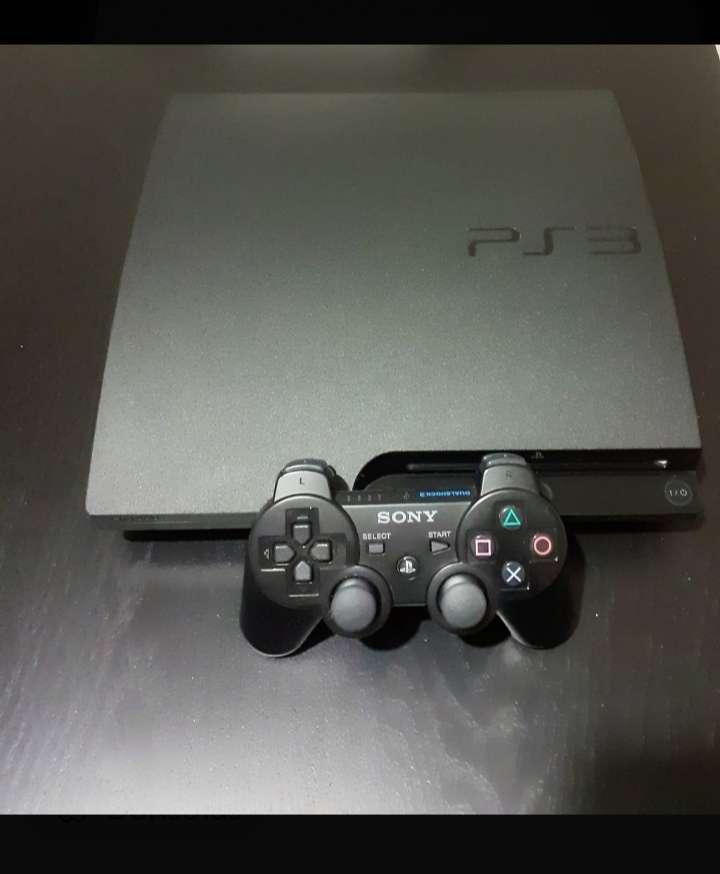 Imagen videoconsola PS3 slim + mando original