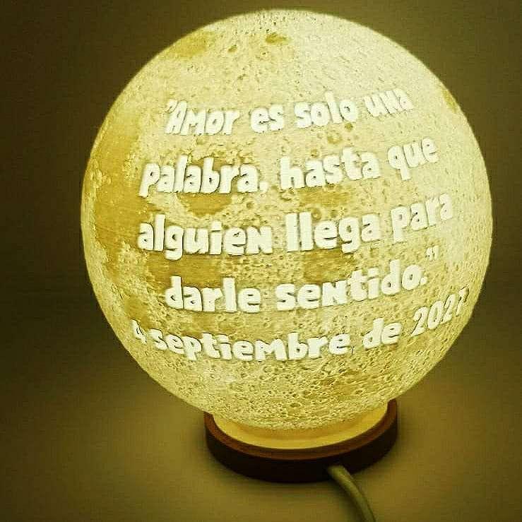 Imagen lámpara LUNA personalizada