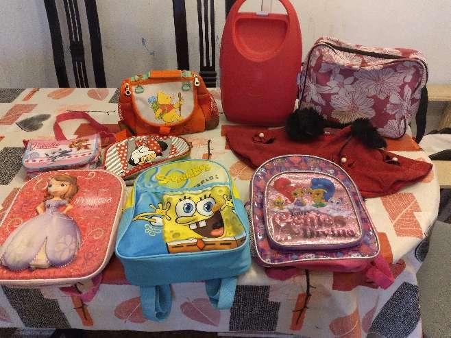 Imagen mochilas diferentes tamaños