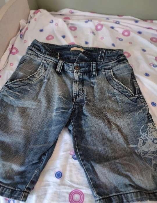 Imagen pantalón cortoH.