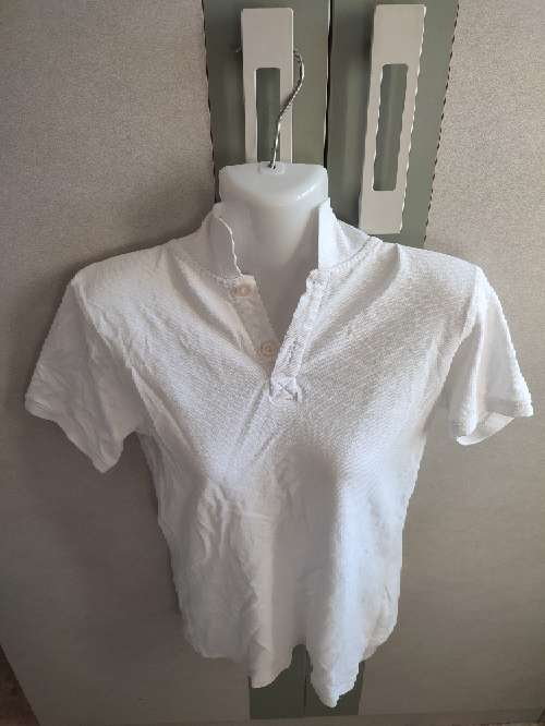 Imagen camisa blanca hombre