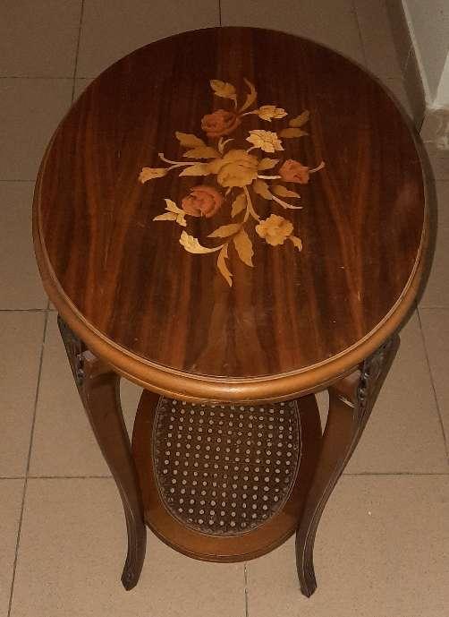 Imagen Mesa de marquetería de estilo Luis XV